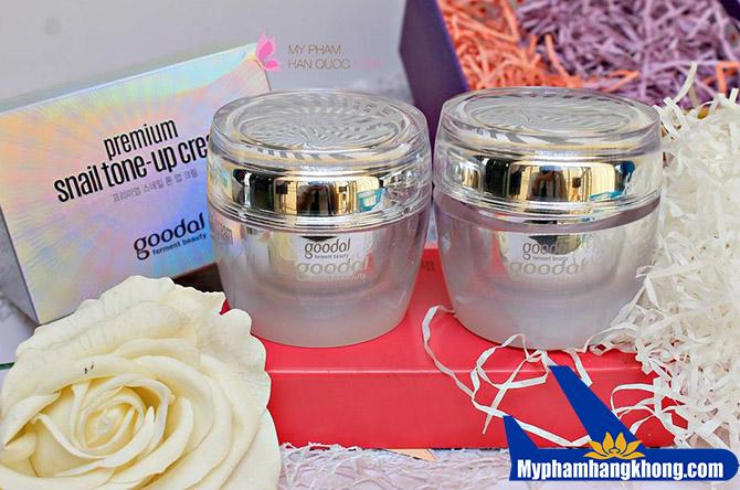 Kem dưỡng da ốc sên Goodal Premium Snail Tone Up Cream