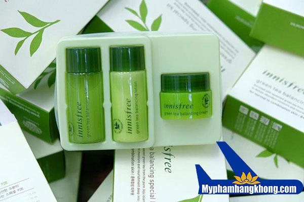 Bộ-kít-trà-xanh-Innisfree-Green-Tea-Balancing-Special-Kit