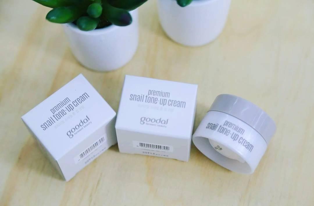 Kem dưỡng ốc sên Mini Goodal Premium Snail Tone Up Cream 1