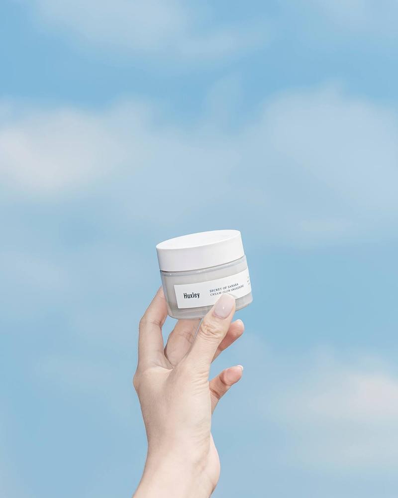 kem-duong-trang-da-Huxley Cream; Glow Awakening-2